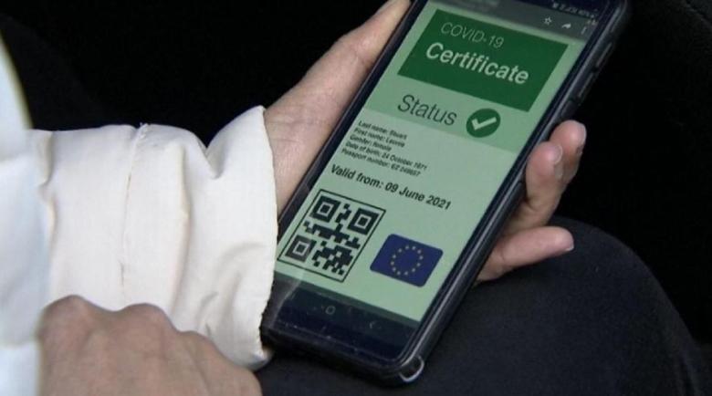 Далаверите почнаха! Фабрикуват COVID сертификати от празни флакони