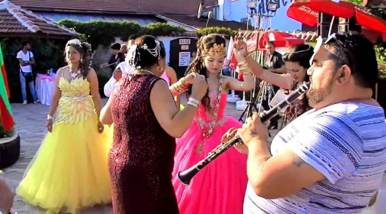 Мъж се жалва от шумна циганска сватба, глобиха него с 2000 лева