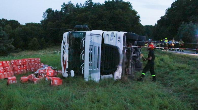 Пиян български тираджия обърна камион с водка в Полша