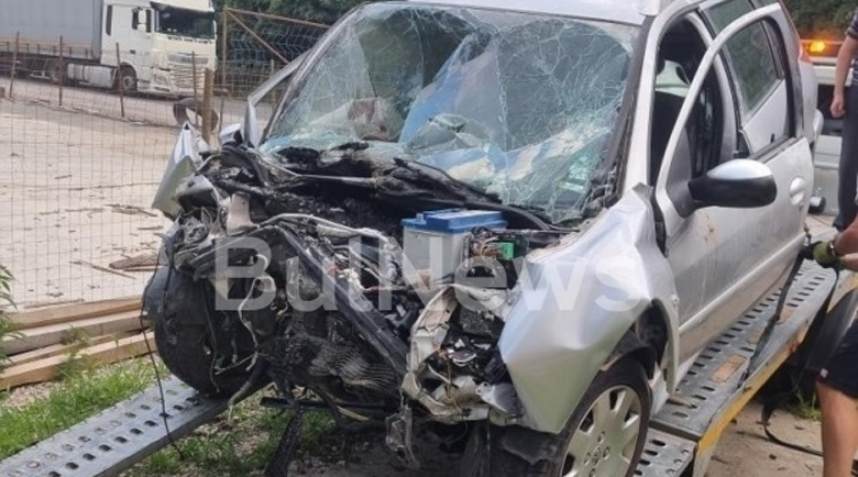 Има загинал при жестоката катастрофа на Е-79 между Мездра и Ботевград