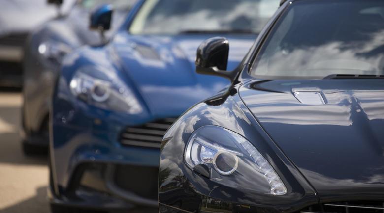 Тарикати точат по половин милион на месец с лукс лимузини
