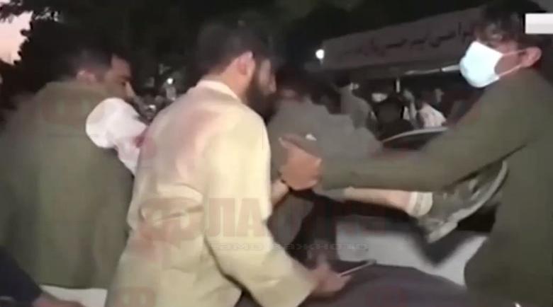 Над 90 загинали при атентатите в Кабул, Джо Байдън плаши терористи с мъст
