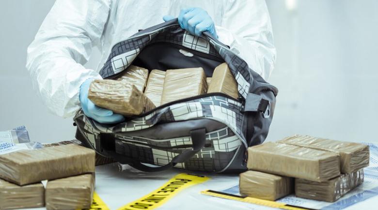 Хванаха един тон кокаин в резервни части