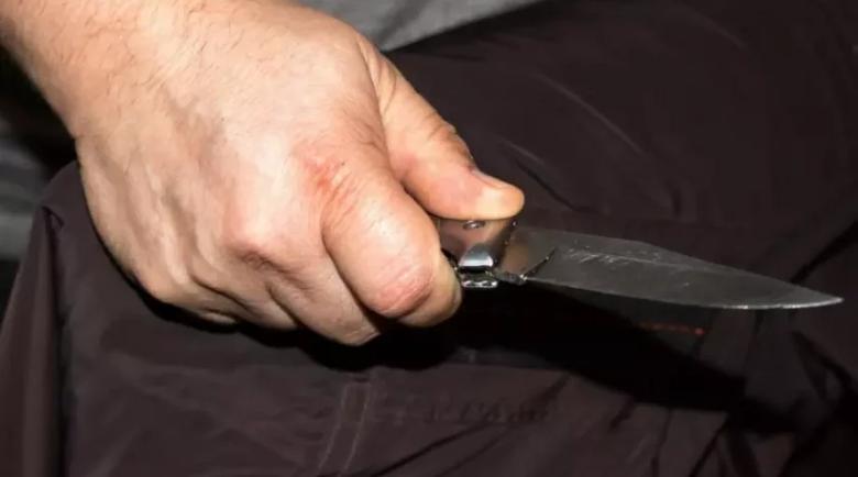 5 години затвор за кибритлия от Мездра, нападнал гостите си с нож