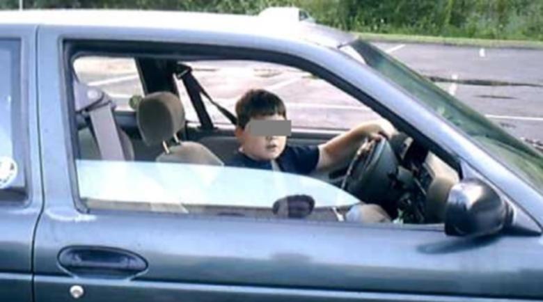 Нов Фончо! Заловиха 14-годишен хлапак да управлява кола