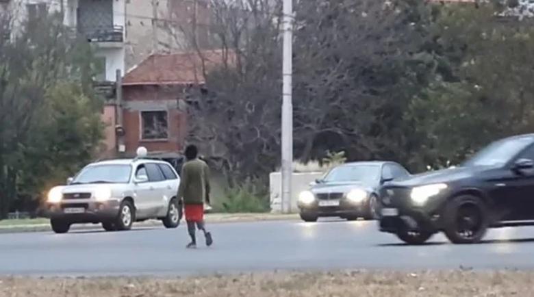 """Жена пресича в игра със смъртта на """"Цариградско шосе"""" в Пловдив"""