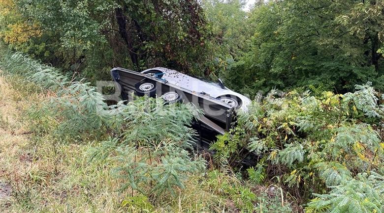 Верижна катастрофа между Монтана и Враца, платформа с кола изхвърча в гората