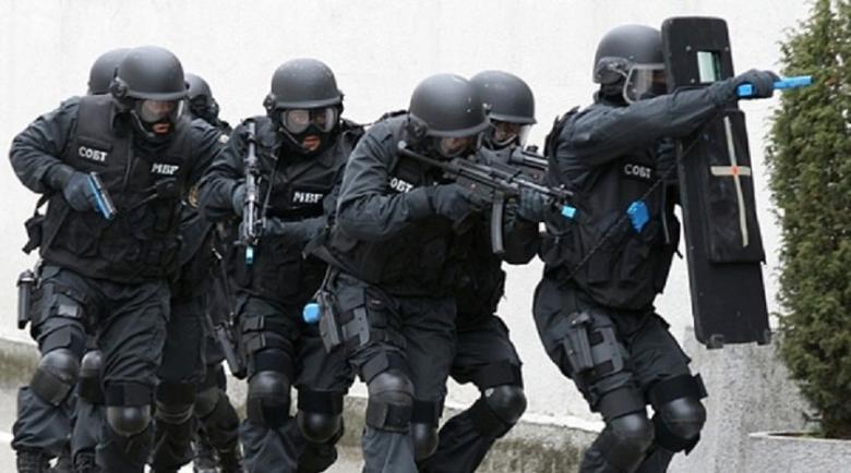 """Екшън: Спецотрядът """"Кобра"""" преследва банда за обири на бул. """"Рожен"""""""