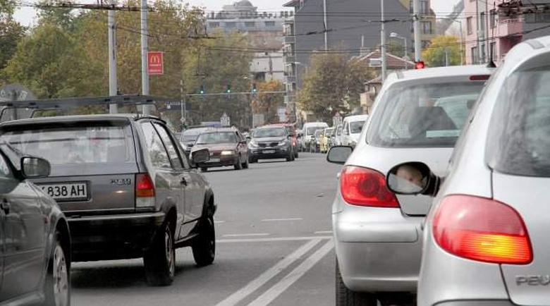 Преследване между шофьори в Пловдив: Отвори стъклото, бе, чумо!