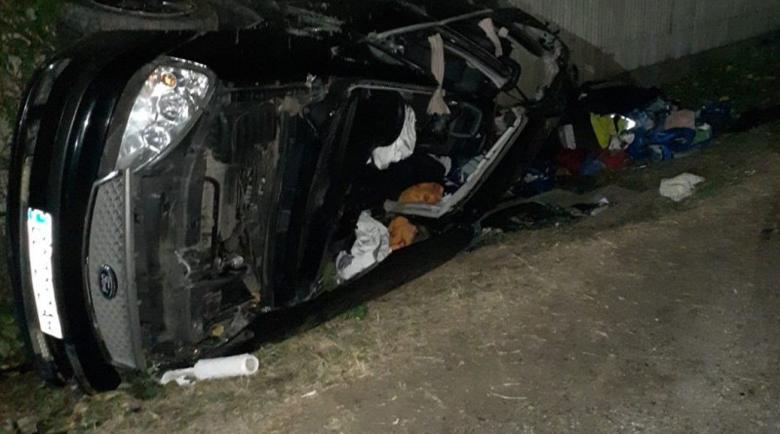 """Турски тир удари челно наш """"Форд"""" в Румъния, двама българи загинаха"""